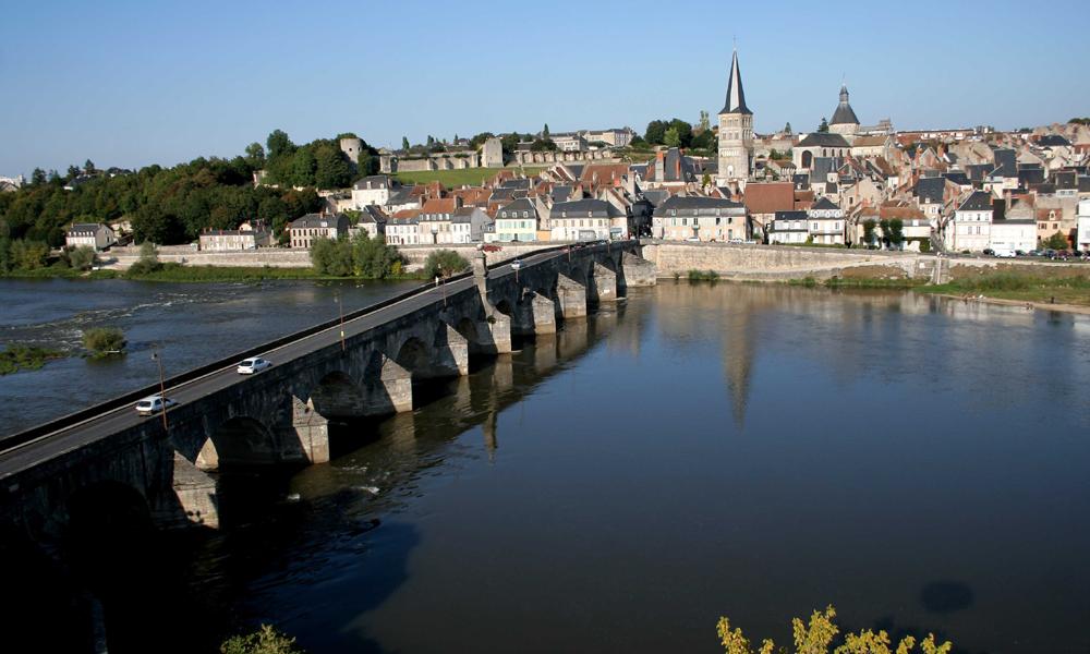 Les-Grands-Migrateurs-Charité-sur-Loire